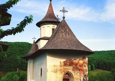 Patrauti Church (2)
