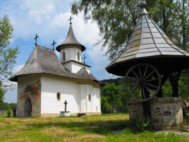 Patrauti Church (3)